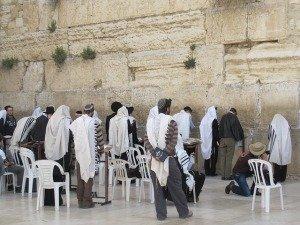 למה יצחק ולא ישמעאל? הנס היהודי