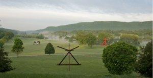 גן פסלים ומרכז אמנות סטורם קינג (Storm king) – שעה וחצי נסיעה